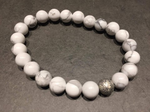 https://www.horseremedy.eu/186-thickbox/howlite-bracelet.jpg